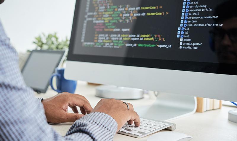 رشته کامپیوتر و مهندسی نرم افزار